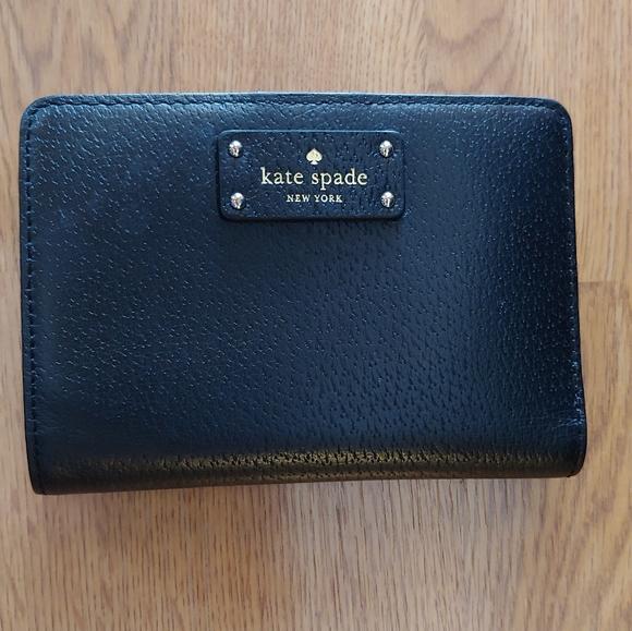 kate spade Handbags - Kate Spade Medium sized wallet